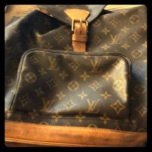 Lv back pack